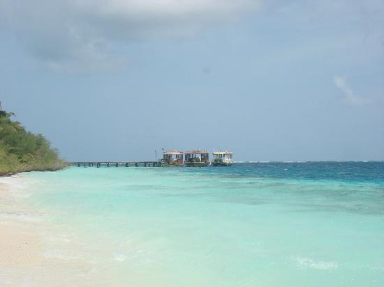 Adaaran Club Rannalhi: Praia