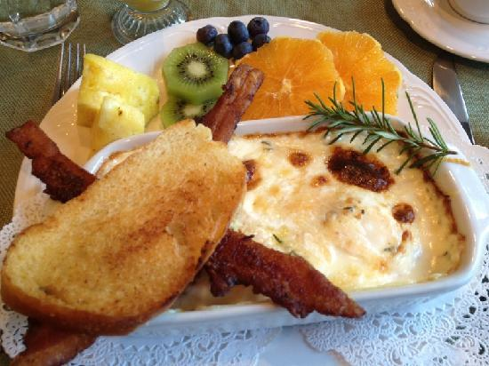 Allison House Inn: Breakfast!