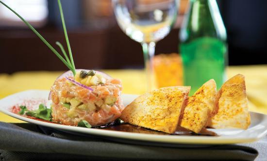 Restaurant Le Manoir : Tartare de saumon