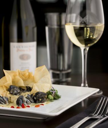 Restaurant Le Manoir : Escargots à la crème d'ail et pesto