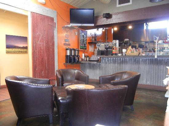 Community Cafe: casual, comfy area for visiting over coffee!
