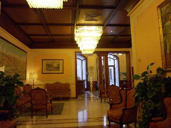 Pierre Hotel Florence: recepción