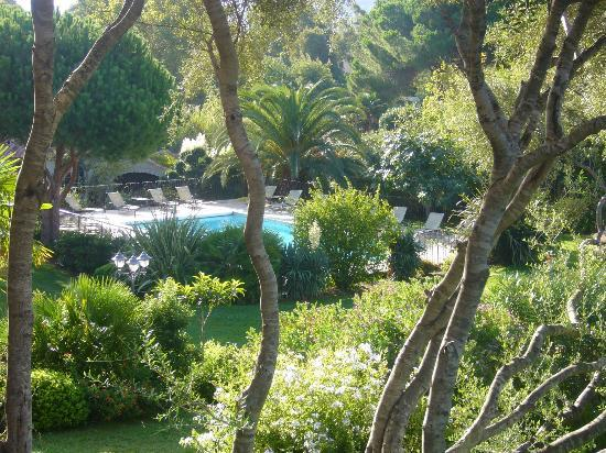 Residence A Merula: View of pool from balcony