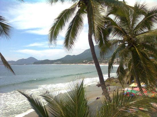 Vista de la playa de Santiago frente al Hotel Anita.