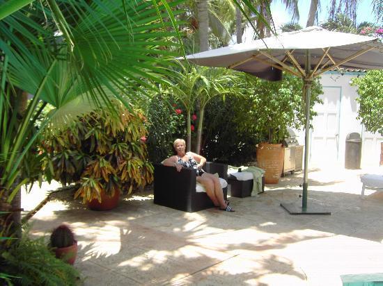 Paradera Park Aruba: rust bij het zwembad