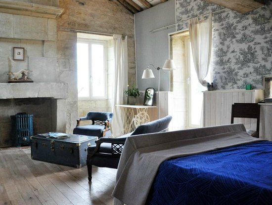 La Chabotterie Chambres d'Hotes: The Blue Room