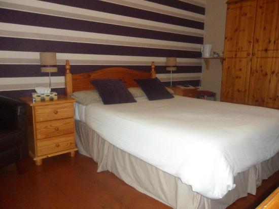Dergfield House B&B : Double room on ground floor