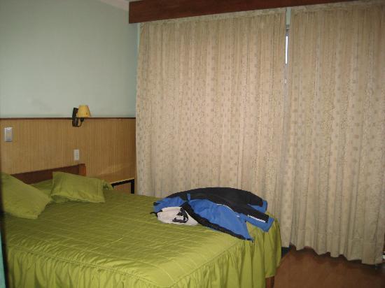 Hotel Sotomayor: Camera tendaggio