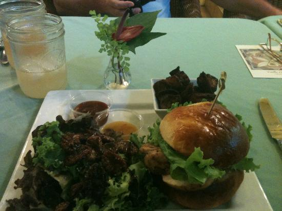 Hawaiian Vanilla Company: Lunch