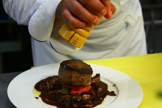 Les Cepages Restaurant