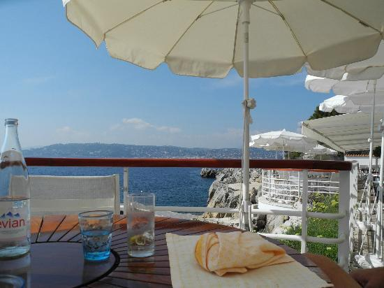 Hotel du Cap-Eden-Roc: View from Pool Restaurant