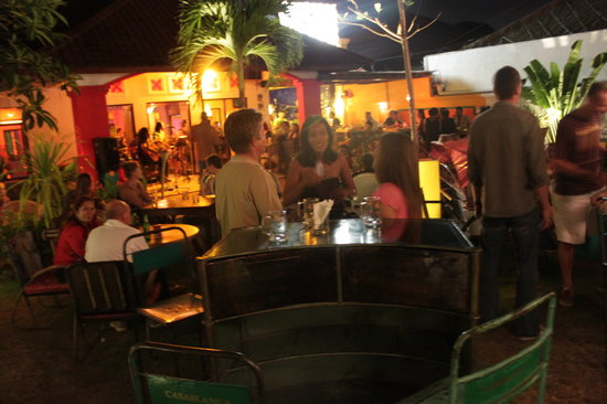 Casablanca Dine Drink Dance: Garden at Casablanca