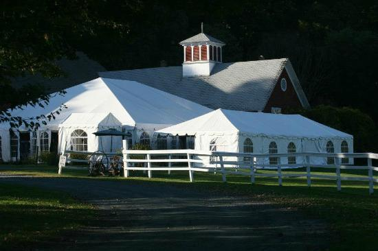 Quechee Inn At Marshland Farm: Wedding Tent