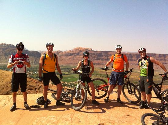 Sacred Rides Don Valley Evening Skills Sessions : Slickrock trail - Poison Spider Mesa in the background