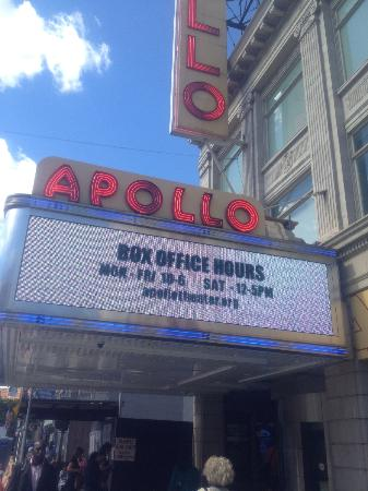Taste Harlem Food & Cultural Tours : The Apollo Theatre