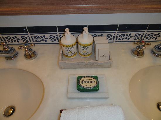 Belmond Hotel das Cataratas: Amenities do banheiro 