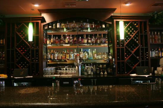 South Beach Grille: A Fully Stocked Bar