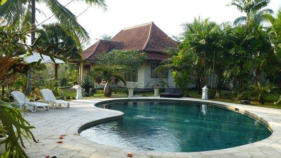 Villa/Guesthouse Rumah Kita