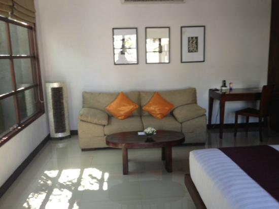 The Wolas Villas & Spa: Lounges in Bedroom