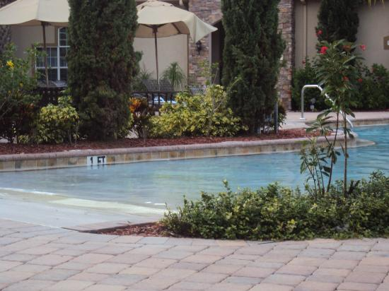 Tuscana Resort: la divina piscina agua caliente,salada rica cascada para masajes...ah y el jacuzzi excepcional