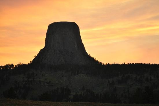 Devils Tower, WY: sunset