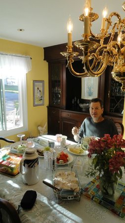 First Farm Inn:                   Breakfast in the dining room