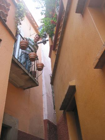 هوتل بوسادا سانتا في: Callejon del beso 