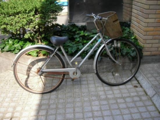 Hotel Econo Kanazawakatamachi : 貸出し自転車