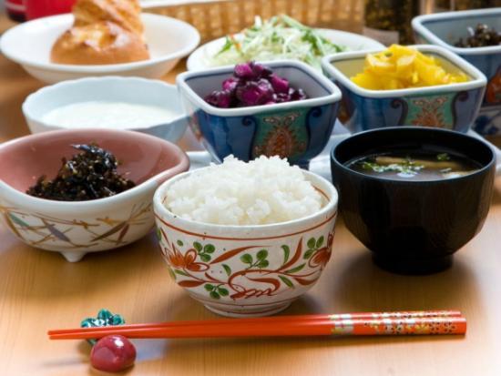 Hotel Econo Kanazawakatamachi : 朝食(和食)例
