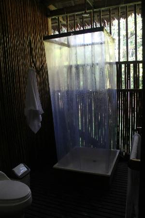 Refugio Amazonas: Bathroom
