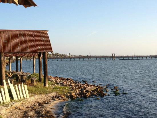 Fulton Beach Bungalows: The beach in front of the grounds