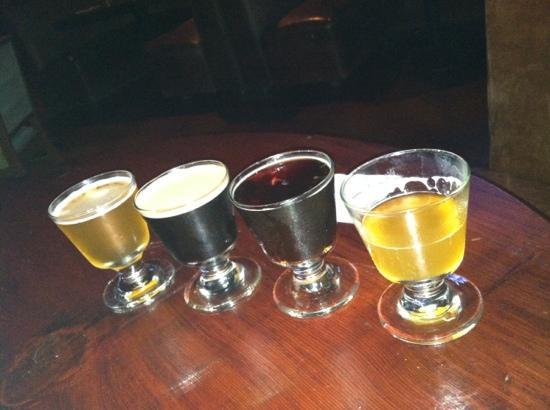 BoHo: sampler craft beer flight