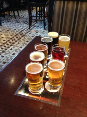 Steamworks Brewing Company : Beer sampler