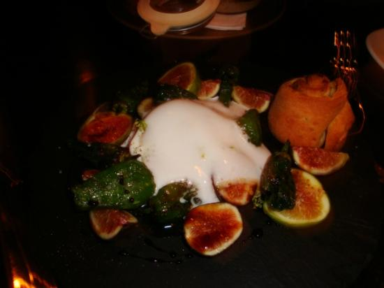 SPQR : Fresh Figs with Roasted Peppers, Burrata and Cinnamon Roll