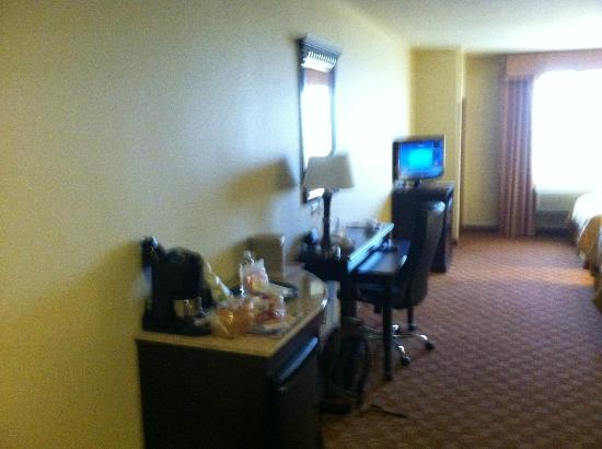 Comfort Suites Eugene: Television