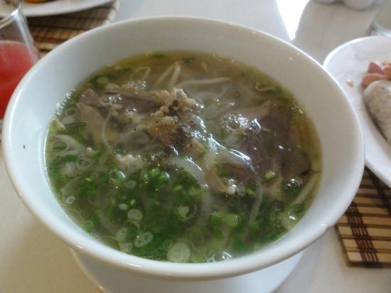 Northern Hotel Saigon: フォー・ボー(牛肉のフォー)