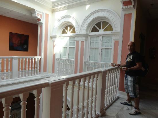 Hotel Inglaterra: Pasillos