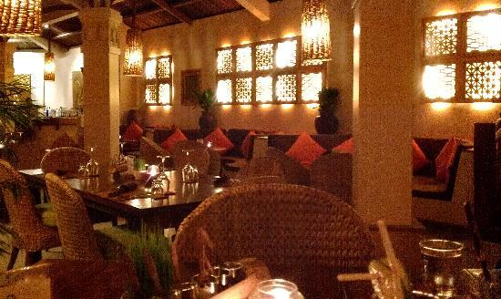 Mia Resort Mui Ne: Restaurant, excellent selection of local an international food