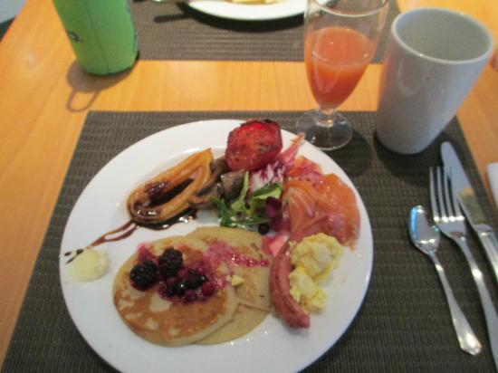 BAH Barcelona Airport Hotel: Breakfast Buffet Items