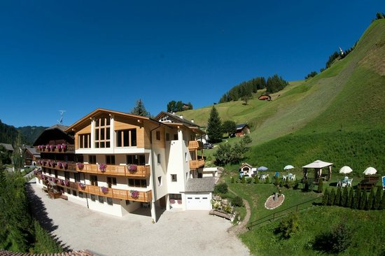 La Valle, Italy: Pension Alcialc***
