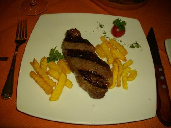 El Cabildo: Bife de chorizo delicioso