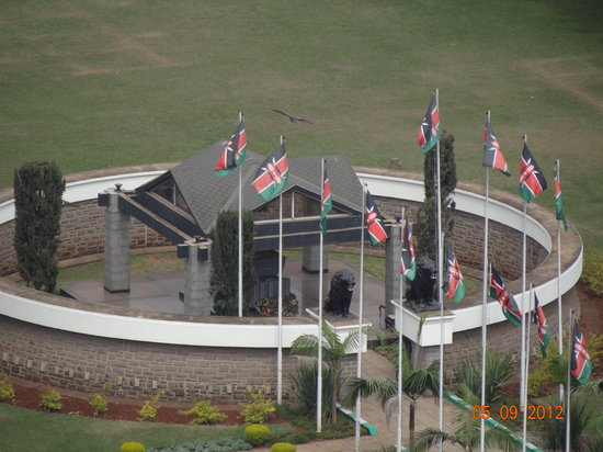 Kenyatta International Conference Center: cemetery of Kenyatta president