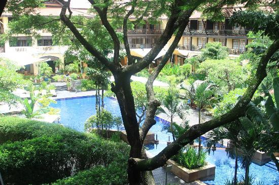 Victoria Angkor Resort & Spa: Room view to central courtyard