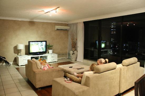 Genesis Apartments: Lounge area