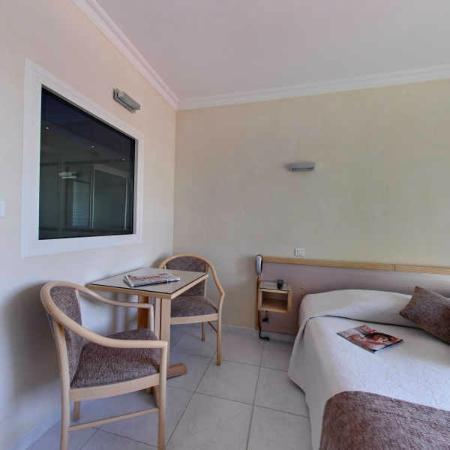 Hôtel Azur: chambre confort