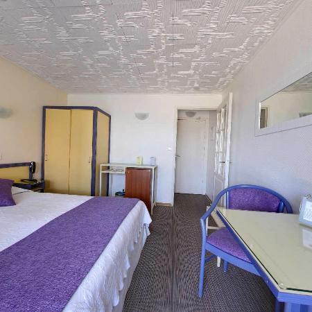 Hôtel Azur: chambre classique rez de jardin