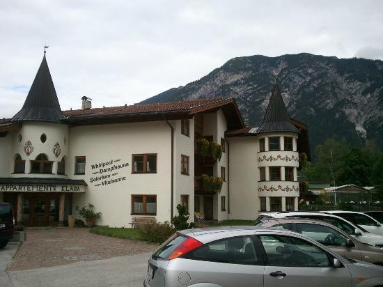 Rosenegger Hotel: The building