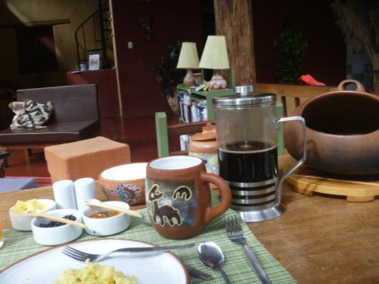 The Green House Peru: Delicioso desayuno.