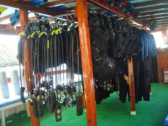 Oludeniz Diving Center : Equipment area