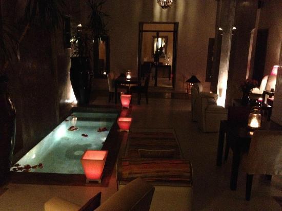 Riad Dar One: the pool